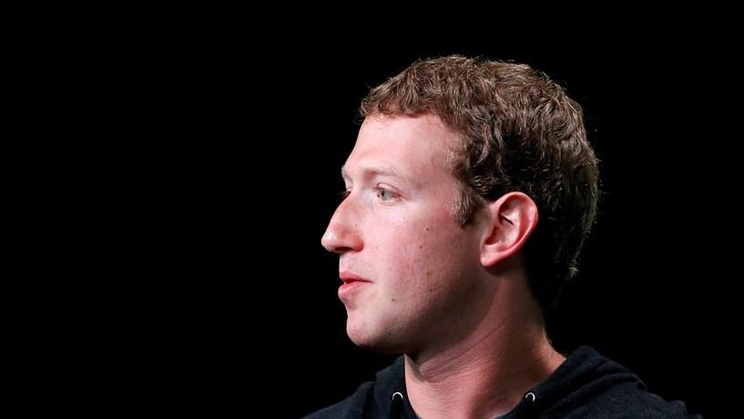 Zuckerberg anunciou plano para combater notícias falsas no Facebook
