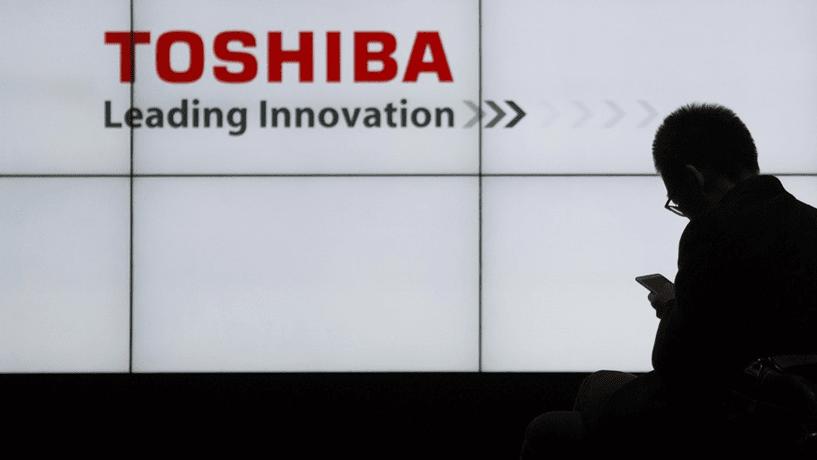 Toshiba volta a afundar: já perdeu 6,5 mil milhões em bolsa esta semana