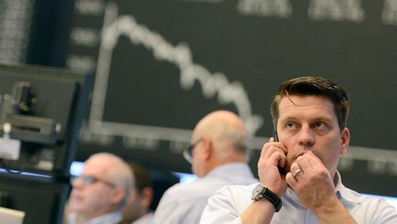 Abertura dos mercados: Bolsas descem 2% e petróleo volta aos 28 dólares