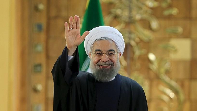 O presidente iraniano, Hassan Rouhani, garantiu que cerca de mil linhas de crédito foram abertas para os bancos depois de levantamento de sanções.