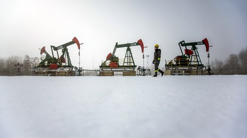 OPEP admite prolongar cortes de produção