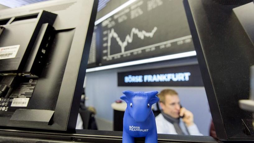 Fecho dos mercados: Bolsas europeias sobem. Juros portugueses com forte queda