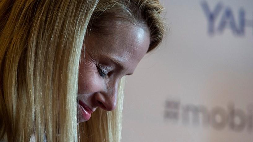 Yahoo muda de nome e perde Marissa Mayer