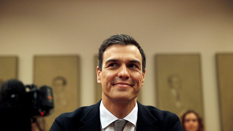 Sánchez enfrenta debate de investidura a 2 de Março e relógio começa a contar