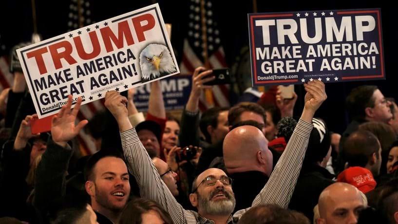 """Trump vai implementar medidas de """"verificação extrema"""" à entrada de estrangeiros nos EUA"""