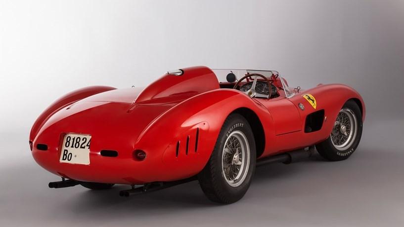 Um Ferrari é História
