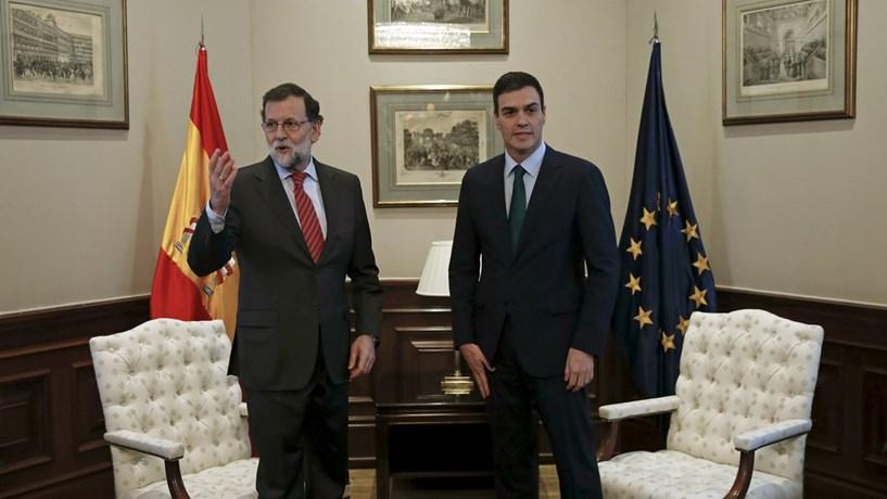 Rajoy deixa Sánchez de mão estendida num prenúncio de acordo impossível