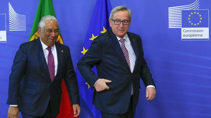 """Costa após encontro com Juncker: """"Definimos um plano de trabalho até Abril"""""""