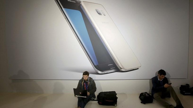 Buscas na Samsung por alegado desvio de fundos