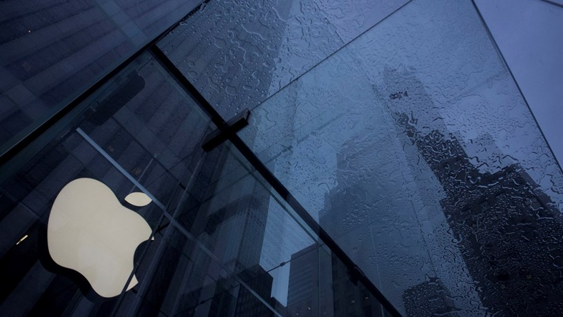 O iPhone que bloqueou as relações entre a Apple e a justiça americana