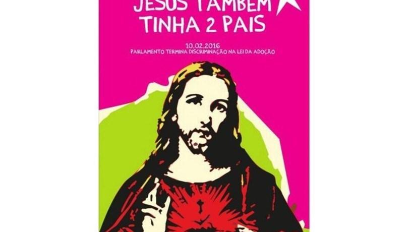 """Até Marisa Matias o diz: Cartaz do BE com imagem de Jesus """"foi um erro"""""""