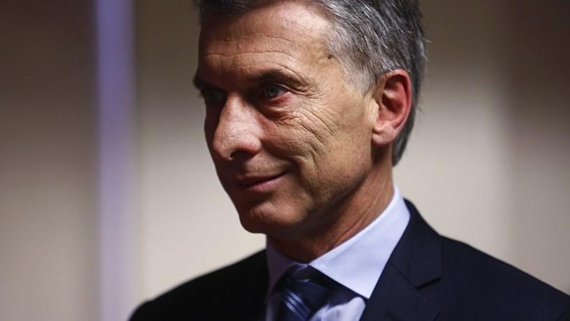 Argentina aumenta tarifas eléctricas entre 60% e 148%