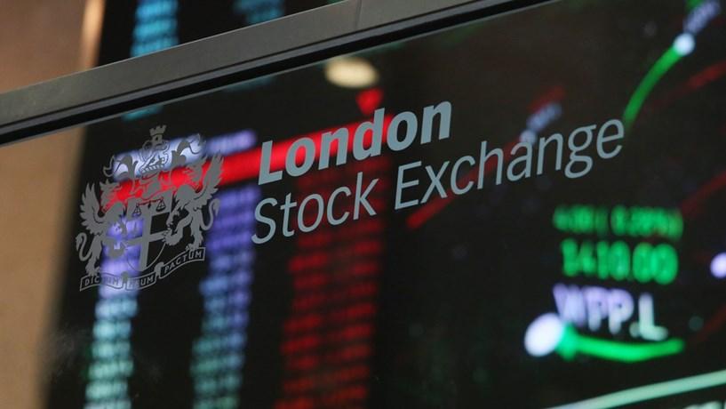 Abertura dos mercados: Bolsas em alta com Londres em máximos. Euro e ouro continuam a valorizar