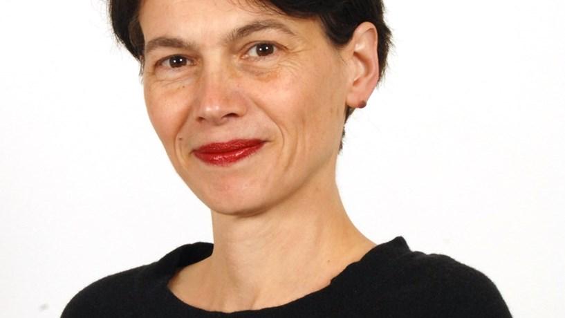 """Kathrin Muehlbronner: """"Supervisão apertada irá limitar desvio orçamental"""""""