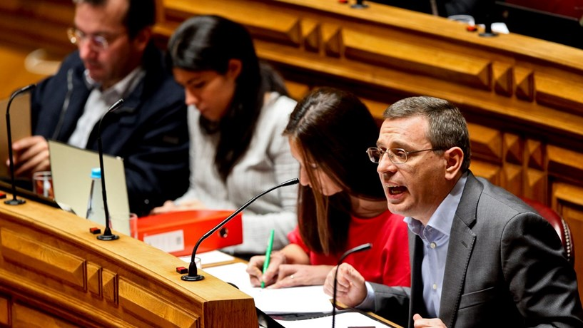 """Proposta do Governo vai """"ao encontro daquilo que o PCP defende"""""""