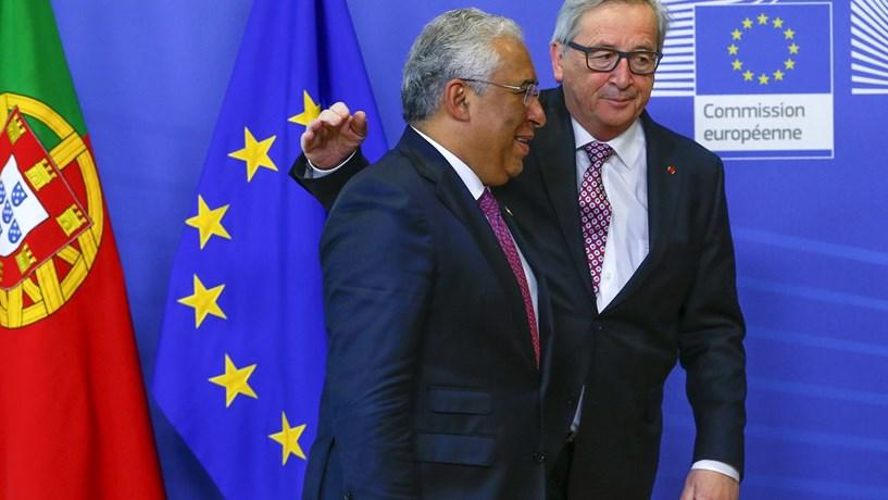 Adiamento da recapitalização da CGD ajuda Costa em Bruxelas