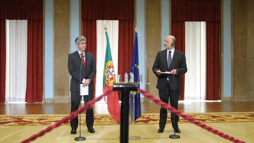 """Moscovici diz que """"risco de incumprimento"""" do OE 2017 é """"mínimo"""""""