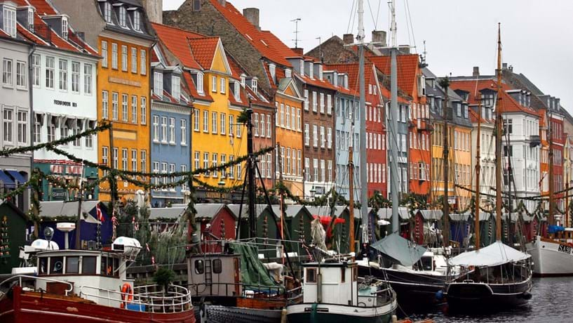 8 Copenhaga (Dinamarca)