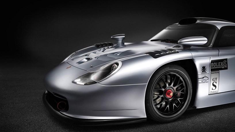 Porsche lucra 16 mil euros por carro