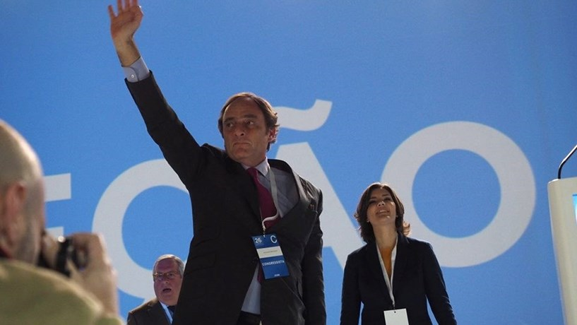 Portas questiona continuidade de Carlos Costa no Banco de Portugal