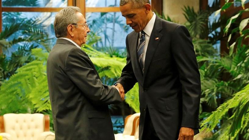 Obama acaba com regime especial de residência para cubanos