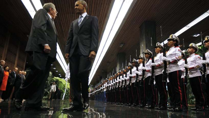 Barack Obama garantiu que o embargo a Cuba vai acabar. Só não sabe quando.