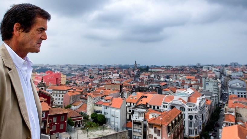 Câmara do Porto aprova orçamento para 2017 com descida de 10% do IMI