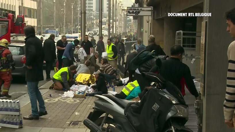 Dois ataques terroristas em Bruxelas provocaram, no mínimo, 31 mortos.
