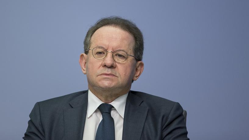 """Constâncio diz que efeitos dos juros negativos nos bancos têm sido """"globalmente positivos"""""""
