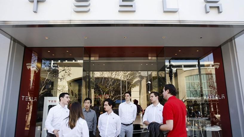 Viana diz que tem melhores condições para acolher fábrica da Tesla em Portugal