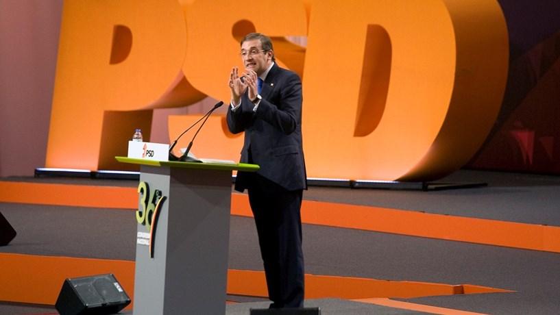 """Passos: Se PM insistir em nada dizer sobre a Caixa, será """"desrespeito para com portugueses"""""""