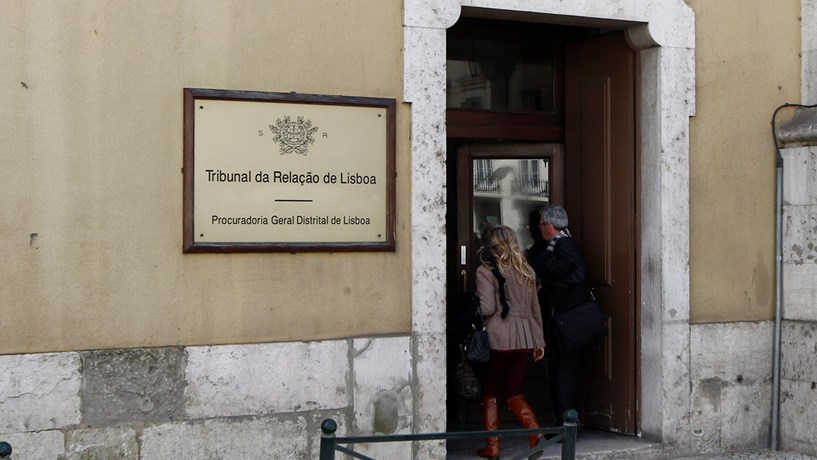 Angola diz que não é possível notificar Manuel Vicente