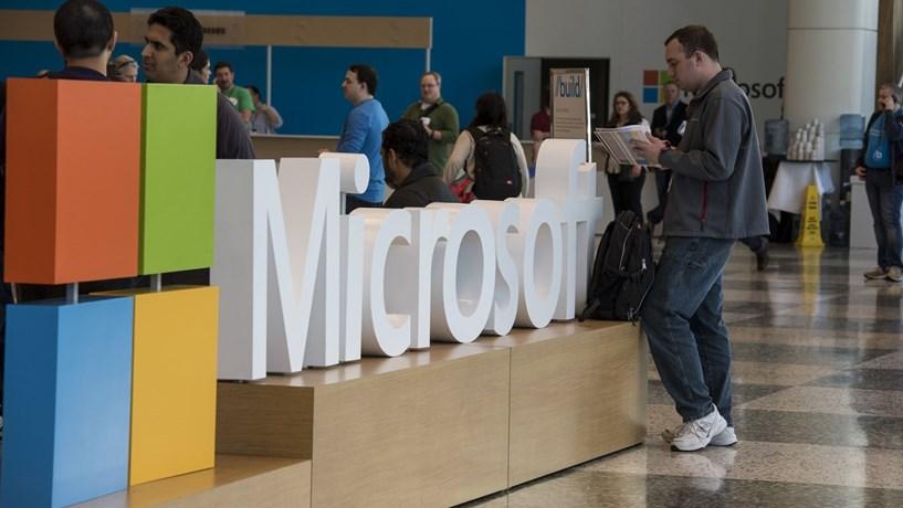 Racionalidade ou emoção? O que une  e separa os fãs da Microsoft e da Apple