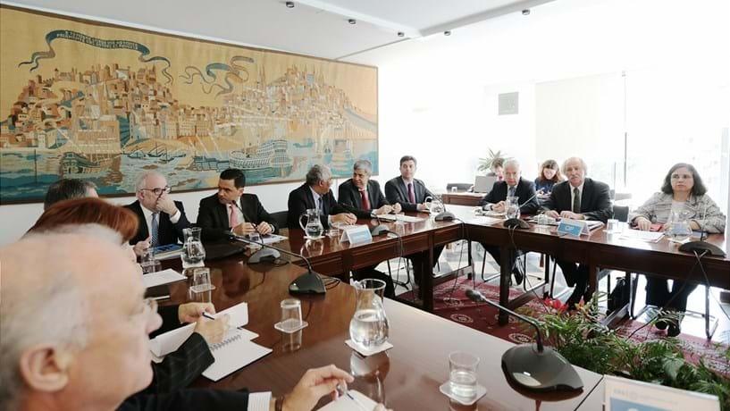 Governo marca reunião de concertação social para sexta-feira