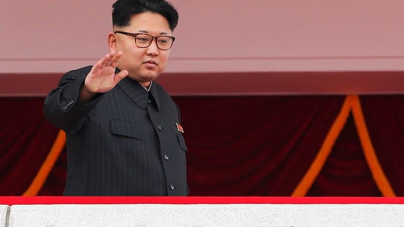 """Novo míssil de Pyongyang: Seul diz que é """"provocação"""", Moscovo e Pequim """"preocupados"""""""