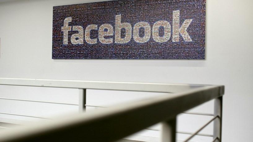 Facebook regista receitas no quarto trimestre acima das expectativas