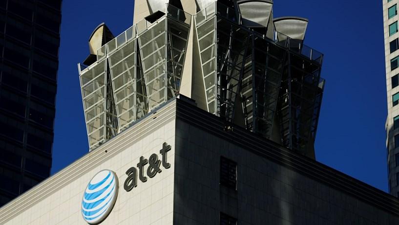 Bruxelas aprova compra da Time Warner pela AT&T