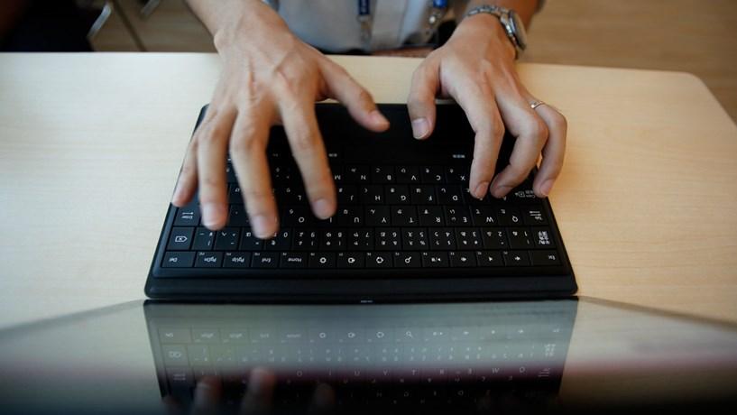 Portugueses são dos que partilham menos informação pessoal online