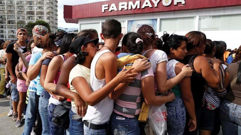 Guerra do pão na Venezuela já levou a quatro detenções