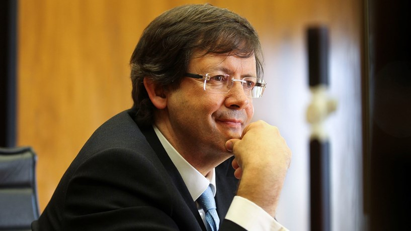 Jerónimo Martins quase duplica lucros para 500 milhões de euros