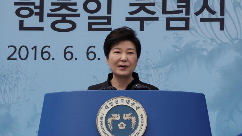 Detida suspeita de envolvimento em escândalo com a presidente sul-coreana