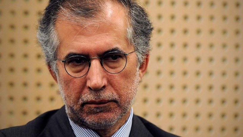 Governo tem seis meses para separar cargos de chairman e CEO da Caixa