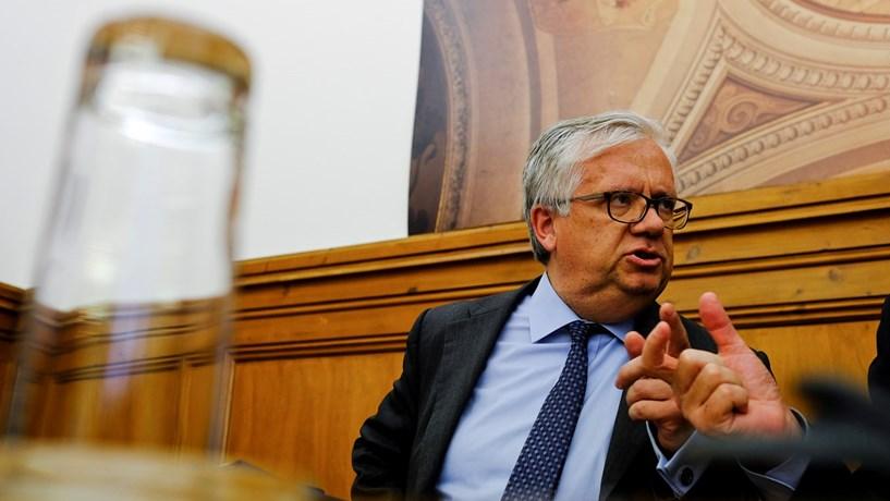 Eduardo Cabrita: Portugal terá mais capacidade para renegociar dívida se respeitar compromissos europeus
