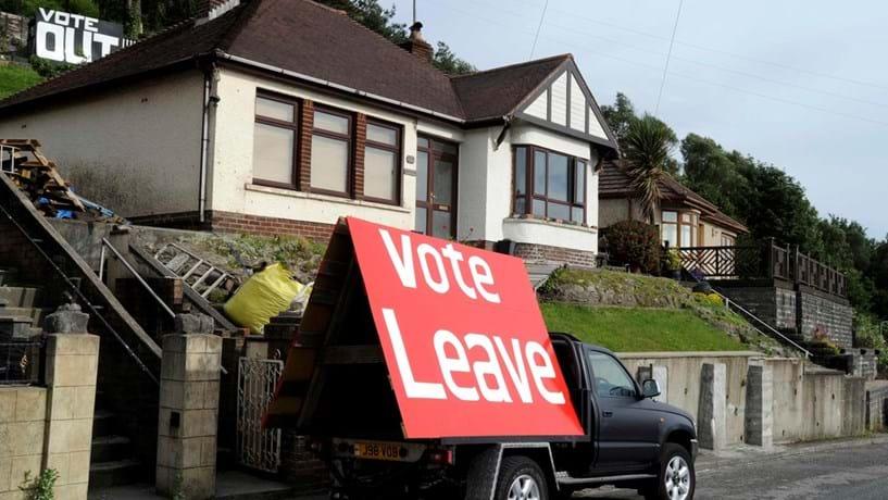 Batalha legal por causa do Brexit começa no meio da batalha política e económica