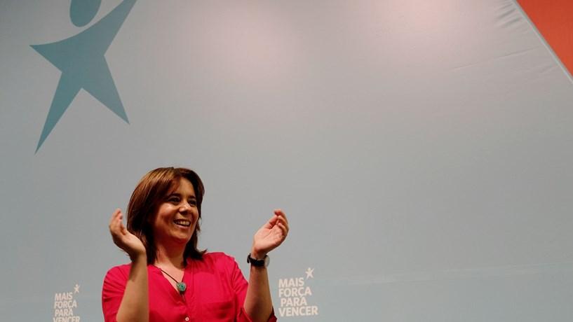 """Catarina Martins: BE não está refém de """"nenhum partido, nem de nenhum Governo"""""""