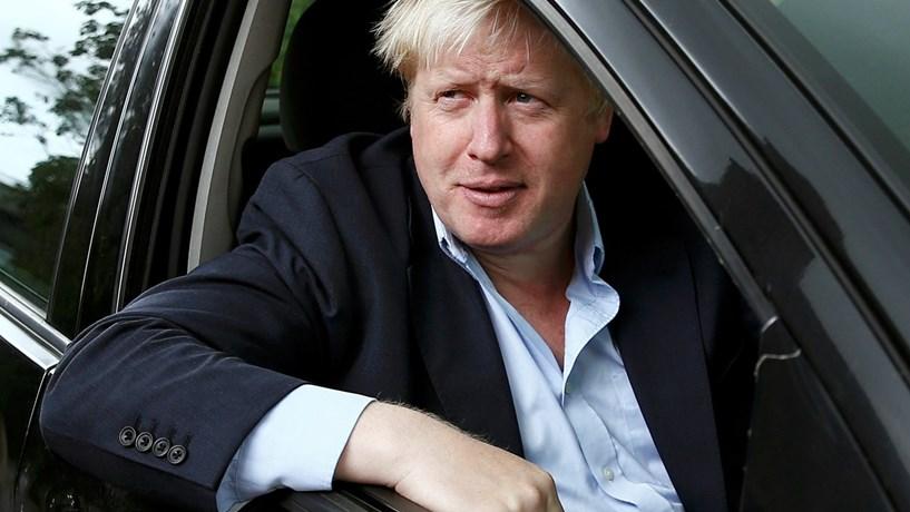 """Londres espera divórcio """"feliz"""" da UE"""