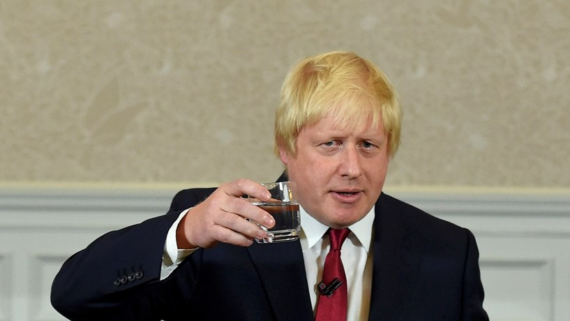 Boris Johnson recua e já admite que Londres vai ter pagar factura do Brexit