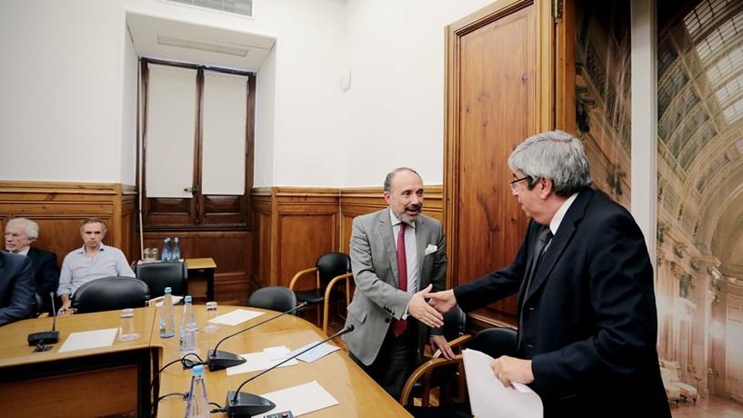 Ferro Rodrigues dá mais 60 dias à comissão de inquérito à CGD