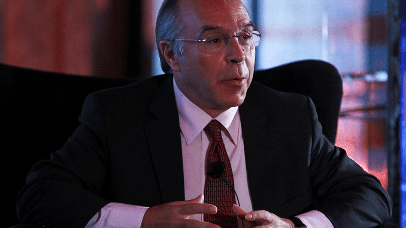 """Marques Mendes: Passos """"parece um político radical"""" e Governo não recua na TSU"""