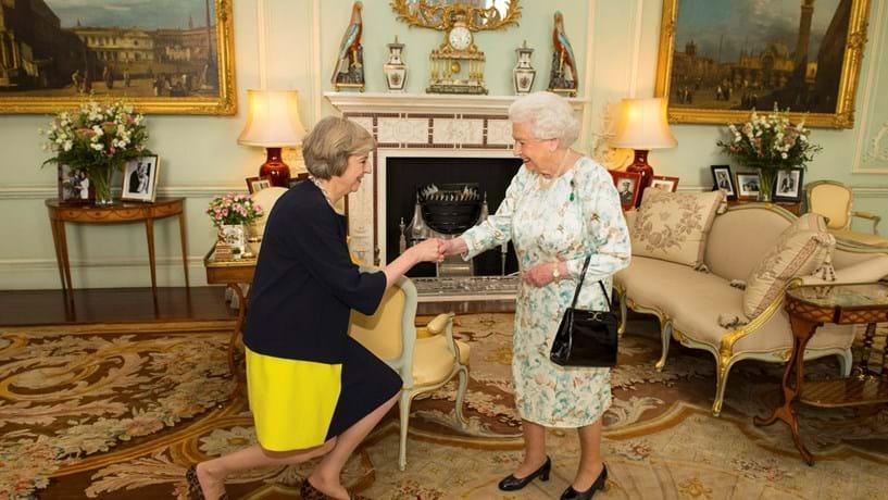 Theresa May era mais apoiante de ficar na UE do que fez crer